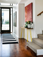 6 Ways to Stage Your Entrance With Art