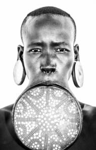 Mursi tribe, Lip Plate Frontal – Ethiopia