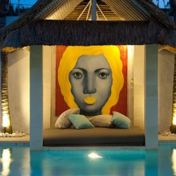 9 Art Stopping-ly Good Holiday Homes, and How to Get the Look