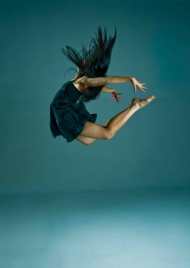 Dancer: Gama #2 - (50 x 76cm)