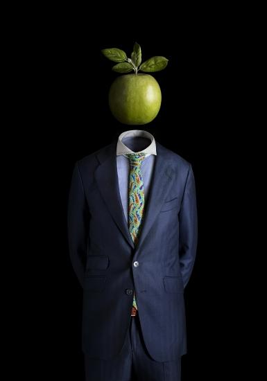 ceci n'est pas une pomme by Miguel Vallinas Prieto