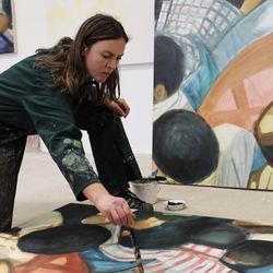 Interview with Contemporary Painter Maddie Yuille