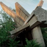Spaceship Yugoslavia–The Suspension of Time