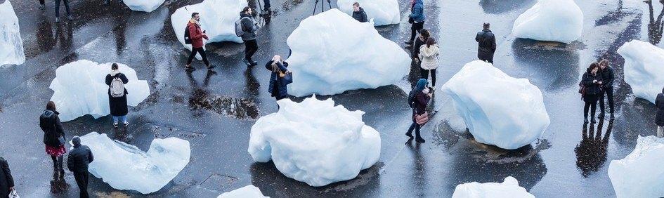 Olafur Eliasson's 'Ice Watch' at Tate Modern